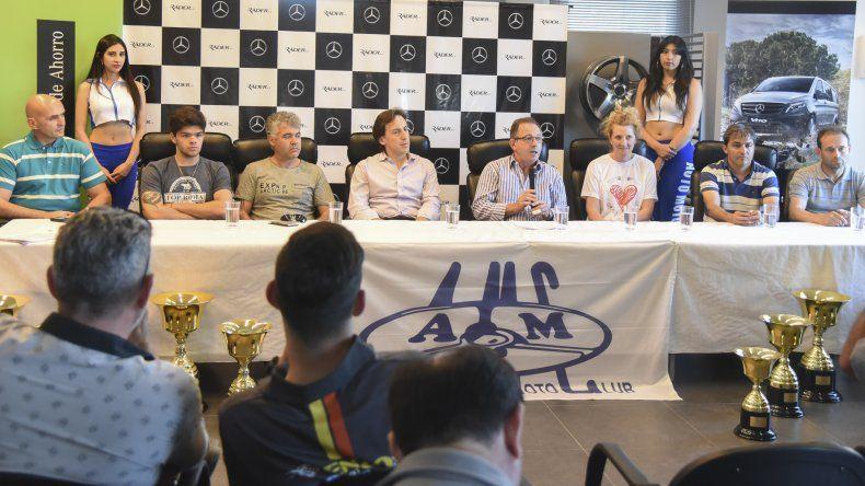 Con la participación de pilotos y dirigentes del AMC se presentó la última carrera de la temporada 2017.