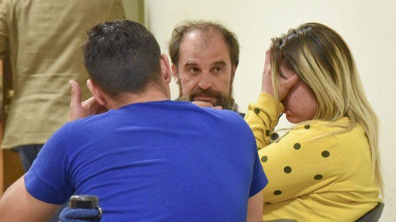 La pareja de exmilitares fue imputada ayer por los robos armados a jóvenes mujeres y quedó en prisión preventiva hasta el miércoles.