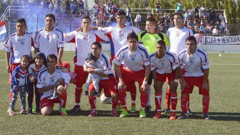 Argentinos Diadema logró mantener la categoría en la B al imponerse en los penales a Tiro Federal.