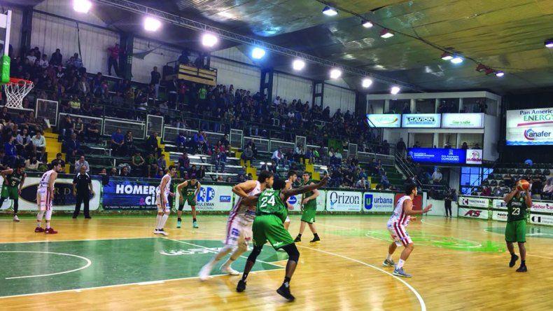 Gimnasia tuvo un debut triunfal anoche en el Socios Fundadores al vencer a Quilmes de Mar del Plata.