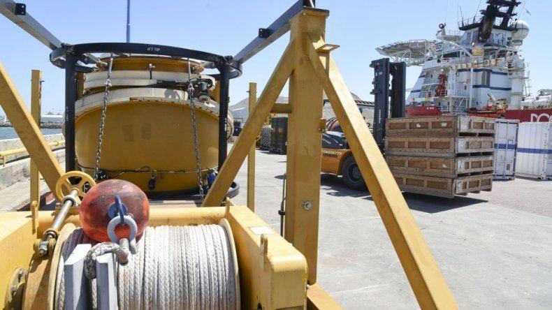 ARA San Juan: siguen los trabajos en el puerto de Comodoro Rivadavia