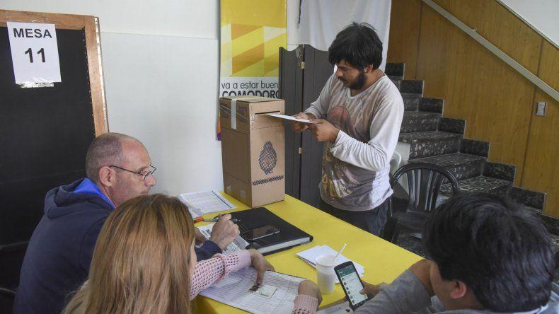 El centro de votación en Comodoro Rivadavia.