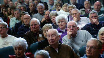 los jubilados siguen perdiendo: el plan de devolucion del iva no funciona