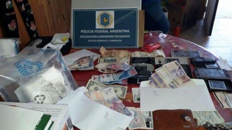 Realizaron diez allanamientos por droga en Santa Cruz