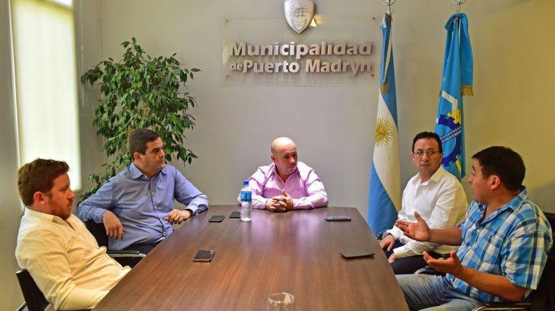 Sastre gestionó una reunión de intendentes chubutenses con Nación