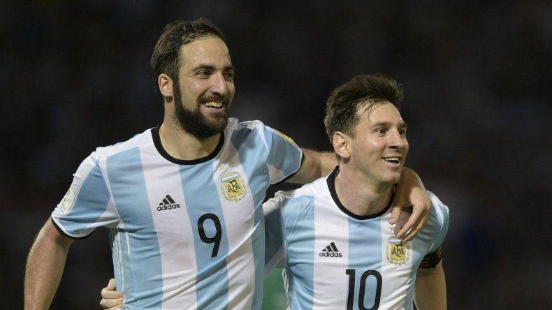 Messi: Higuaín tiene que estar