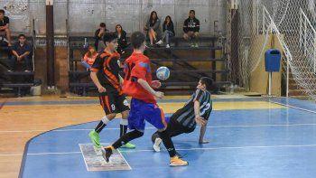 Se jugaron 24 partidos del futsal promocional entre sábado y domingo.
