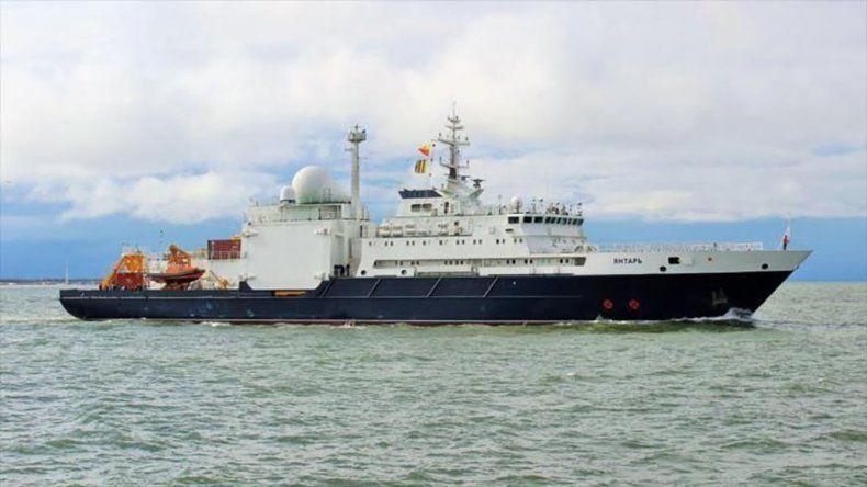 El buque ruso Yantar dispone de un minisubmarino no tripulado que puede sumergirse hasta 6.000 metros de profundidad.