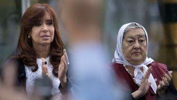 Madres de Plaza de Mayo felices con la fórmula Alberto - Cristina