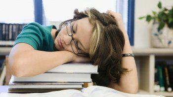 dormir poco altera el cerebro  y genera lapsus mentales