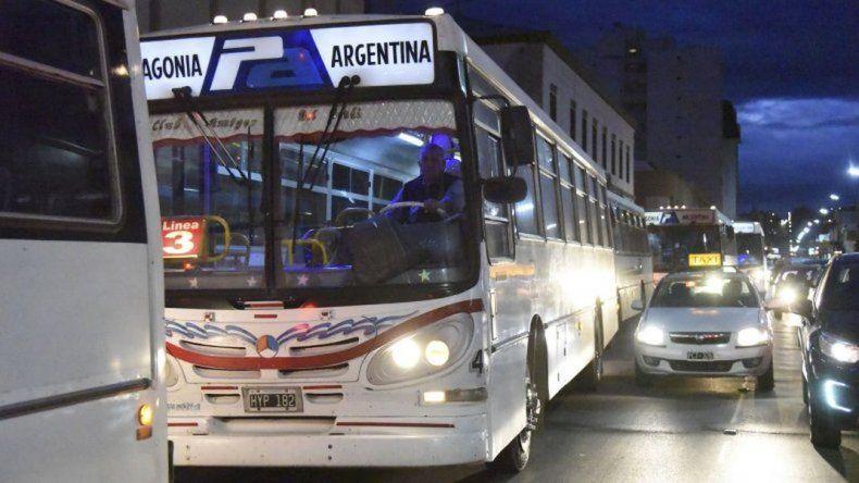 Provincia remitió fondos por $7 millones  para el transporte público de Comodoro