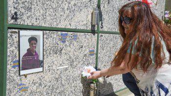 A dos años de la muerte de Lucas Fuentes, su madre María Gea continúa pidiendo que la Justicia se ponga a trabajar para encontrar a los asesinos que le quitaron la vida.