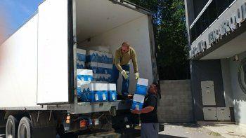 La llegada de las canastas navideñas a la sede Caleta Olivia del Sindicato de Petroleros Jerárquicos de la Patagonia Austral.