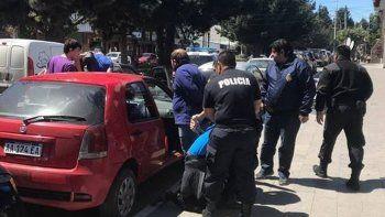 Los turistas italianos sospechados de clonar tarjetas de crédito y débito fueron detenidos en pleno centro de la villa turística.