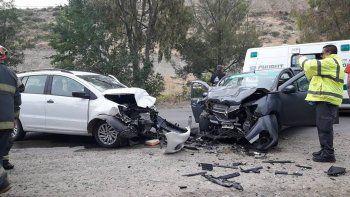 Los cuatro ocupantes de los vehículos fueron hospitalizados.