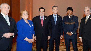 el gobierno evalua retirar a la argentina de la unasur
