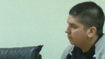El imputado Matías Nieves. El inicio del juicio por el homicidio de Jonathan Vera se pospuso para hoy, pero podría suspenderse hasta el año que viene por cambio de defensor.