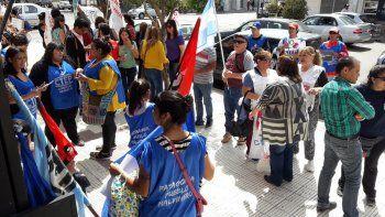 movilizacion y concentracion frente al concejo deliberante