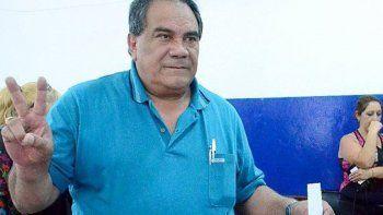 Julián Carrizo volvió a imponerse por amplia mayoría de votos en las elecciones del SOEMCO. El festejo con sus adherentes se extendió hasta avanzada la noche del viernes.