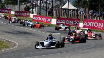 La última fecha del campeonato de la Fórmula Renault 2.0 que ganó Nicolás Morcadini en el autódromo Oscar Cabalén de Alta Gracia, Córdoba.