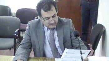 Un tribunal de enjuiciamiento deberá determinar si Herminio Gonzales Meneses incurrió en el mal desempeño de sus funciones como fiscal.