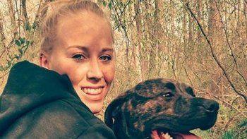 una joven de 22 anos murio tras ser atacada por sus perros