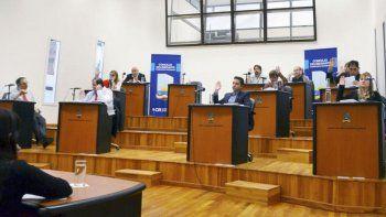 Los concejales esperan más información del bono de endeudamiento municipal