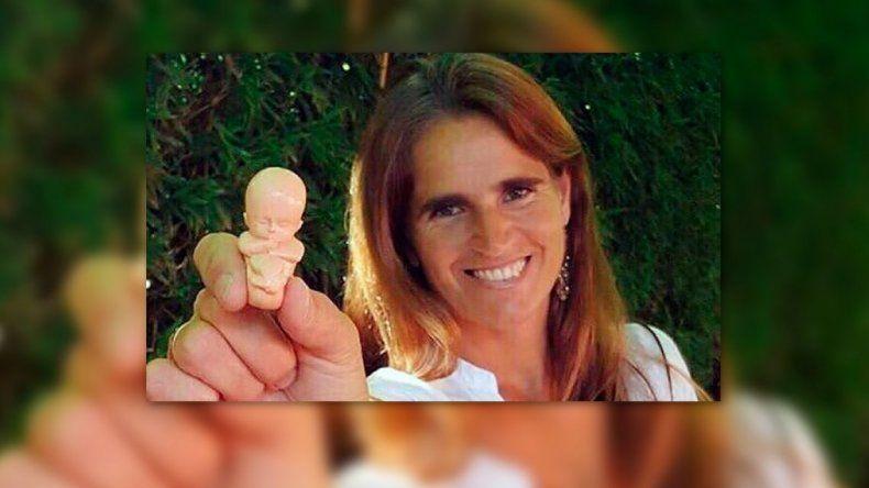 La creadora de la campaña El Bebito pide que se ponga fin al protocolo de aborto