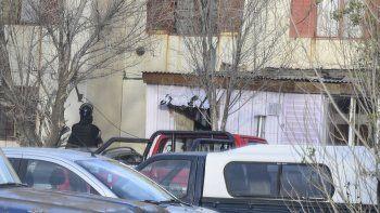 El principal operativo donde se halló las bicicletas y la droga se desarrolló en el sector 8 de las 1008 Viviendas, en el barrio 30 de Octubre.