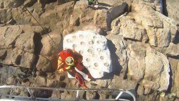 Rescataron a dos kayakistas que quedaron aislados en Isla Escondida