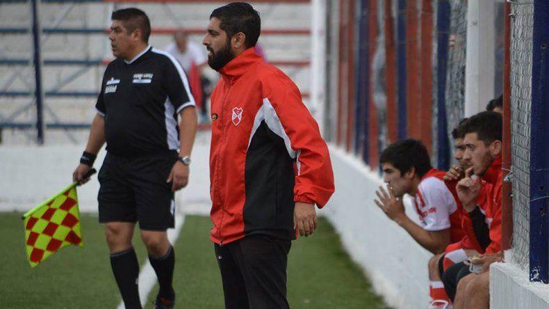Javier Guerreiro está tranquilo por el trabajo y espera con expectativas el torneo Federal C.