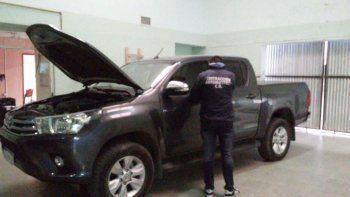 La Toyota Hilux fue sometida a los peritajes de rigor y quedó a disposición de la justicia.