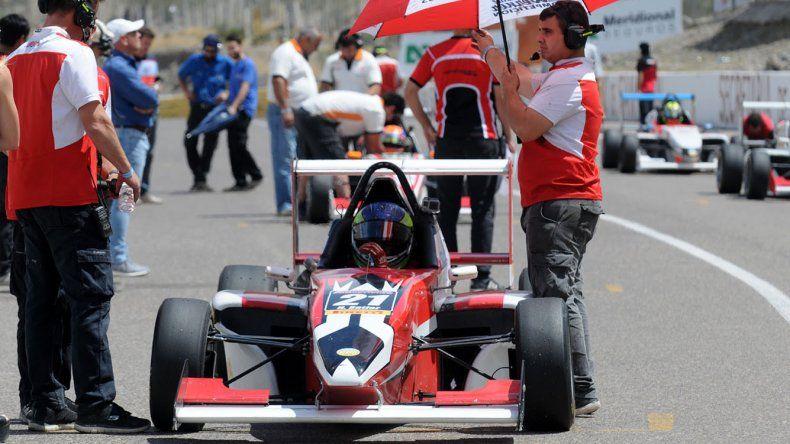 El Gabriel Werner Competición es rey de equipos en la Fórmula Renault 2.0