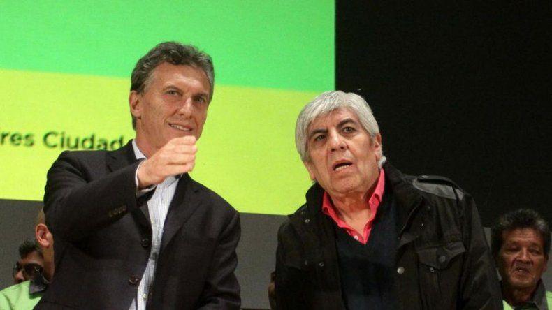 Macri evitará una foto con el líder de Camioneros Hugo Moyano