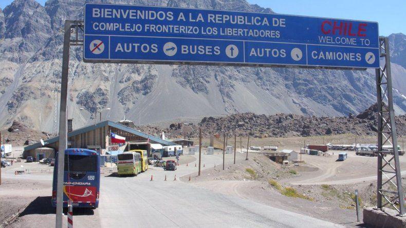 Mendoza: un millón de argentinos se van a Chile para ver a Francisco