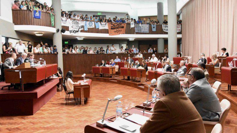 Los diputados aprobaron las leyes de emergencia