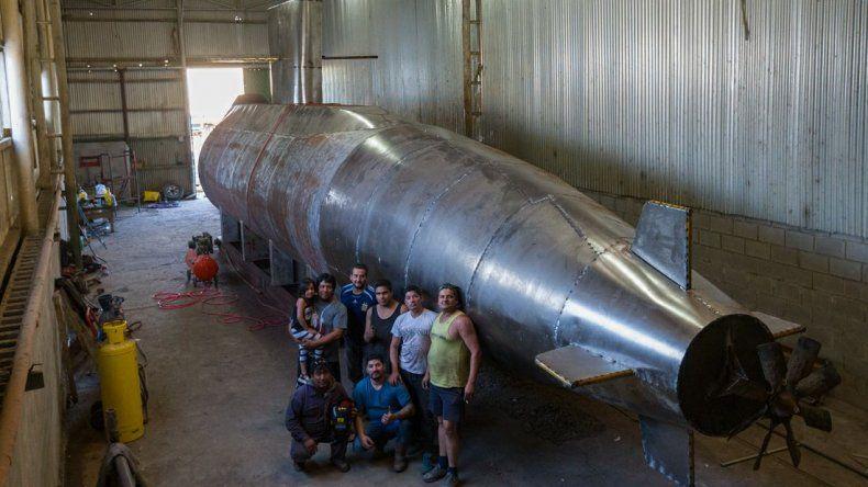 Construyen una réplica del Ara San Juan para homenajear a los tripulantes