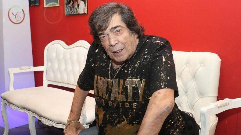 Cacho Castaña lleva a la justicia a Vicky Buchino, la cantante que lo denunció por acoso sexual