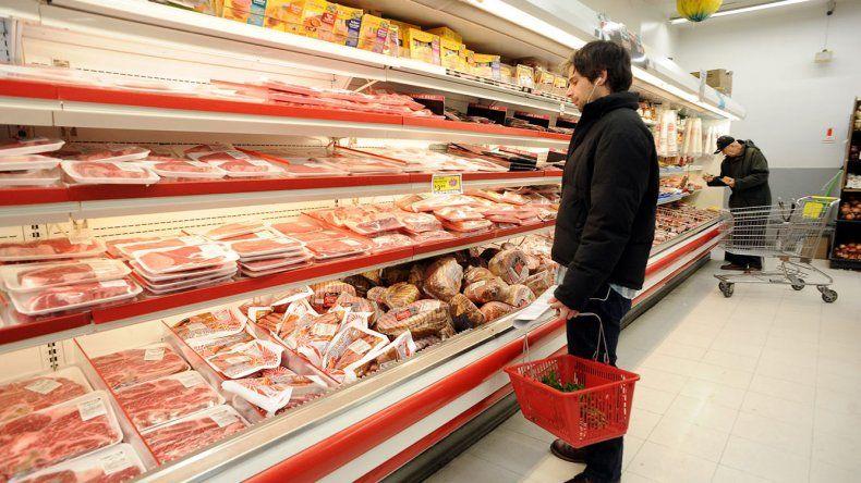 La inflación del año pasado superó en casi ocho puntos porcentuales las proyecciones del Banco Central.
