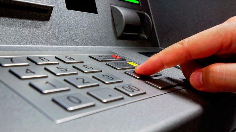Podrán embargar las cuentas sueldo para cobrar préstamos