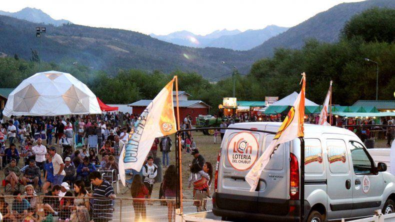 Lotería está presente en la Fiesta de la Fruta Fina