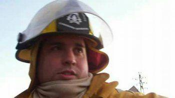 El bombero Federico Fiscina fue sepultado ayer en Kilómetro 5.