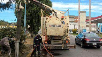 Intensifican las tareas de limpieza en pluviales y sumideros