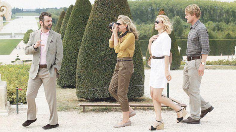 París todavía es una fiesta: Medianoche en París no es de las mejores películas de Woody Allen. Sin embargo