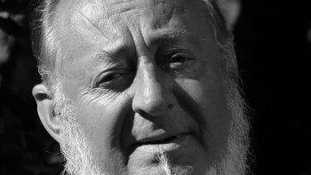 Diego Angelino vuelve a publicar luego de más de dos décadas, de la mano de Espacio Hudson.