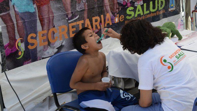Controles odontológicos fue uno de los servicios que se brindó ayer en la costanera.