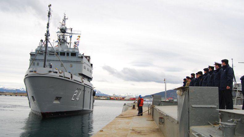 El ARA Islas Malvinas zarpó desde Ushuaia con el Panther Plus
