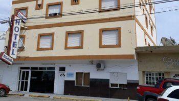 Delincuente armado asaltó un hotel céntrico