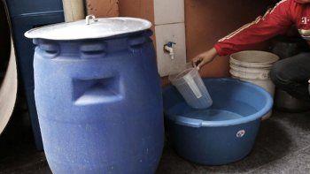 sin agua en comodoro por 24 horas