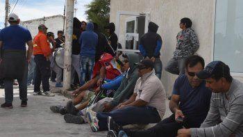 Uno de los sitios de protesta que formaron parte de la peregrinación de los trabajadores de la construcción fue la sede del Ministerio de Trabajo de la Nación, pero allí tampoco hallaron respuestas.